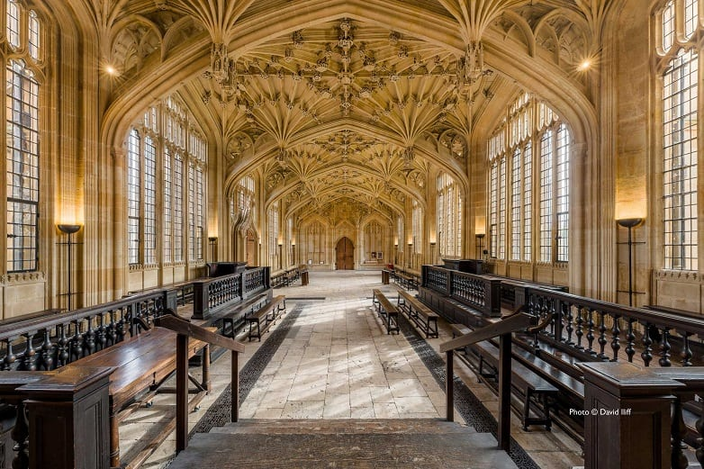 Bodleian Library and Divinity Schools – Oxford